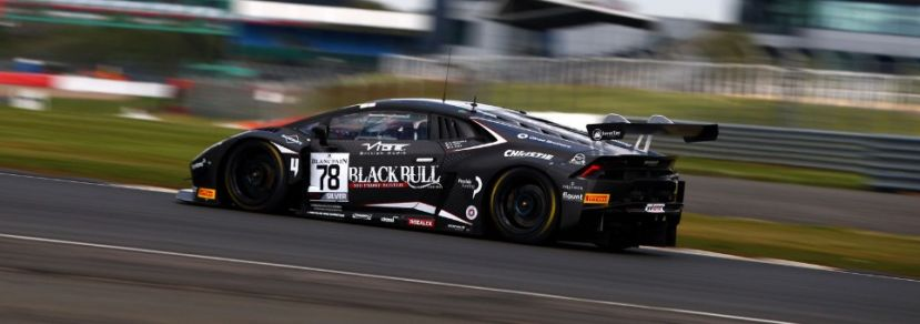 Pull fighting at the front in Blancpain GT Series at Silverstone